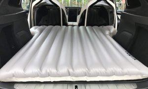 matelas gonflable voiture TeslaWorld